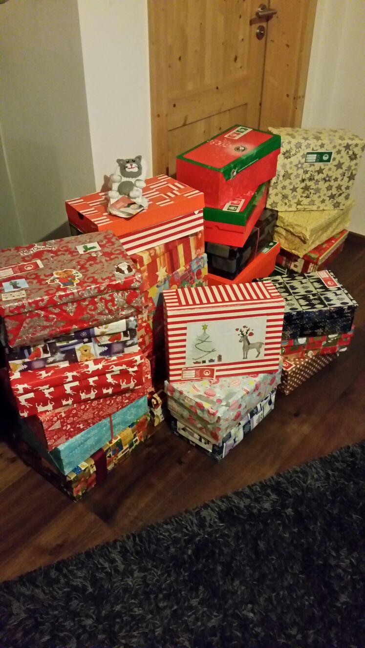 weihnachten im schuhkarton gymnasium ottersberg. Black Bedroom Furniture Sets. Home Design Ideas